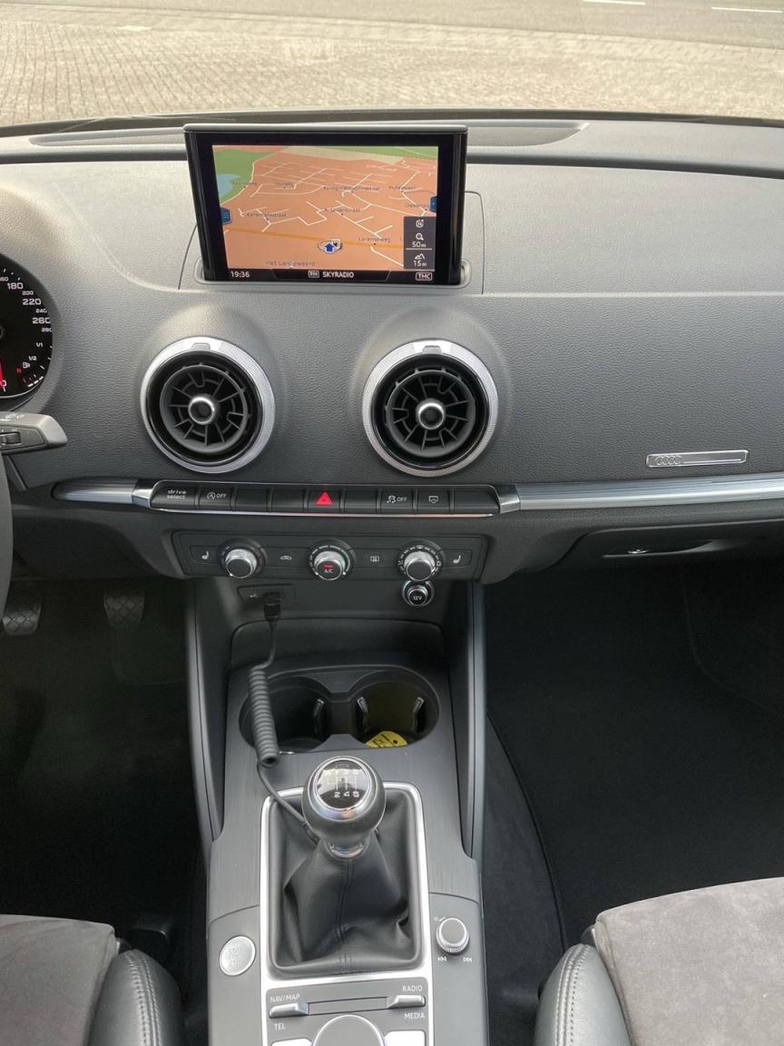 Audi-A3-7