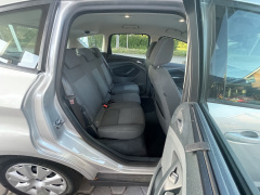 Ford-C-MAX-19
