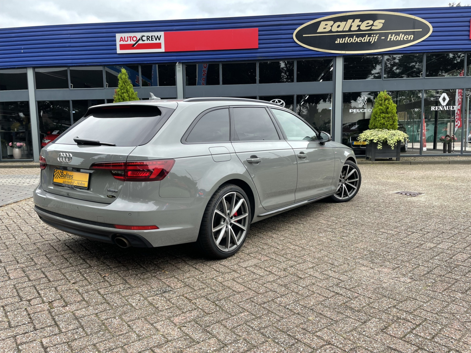 Audi-A4-37