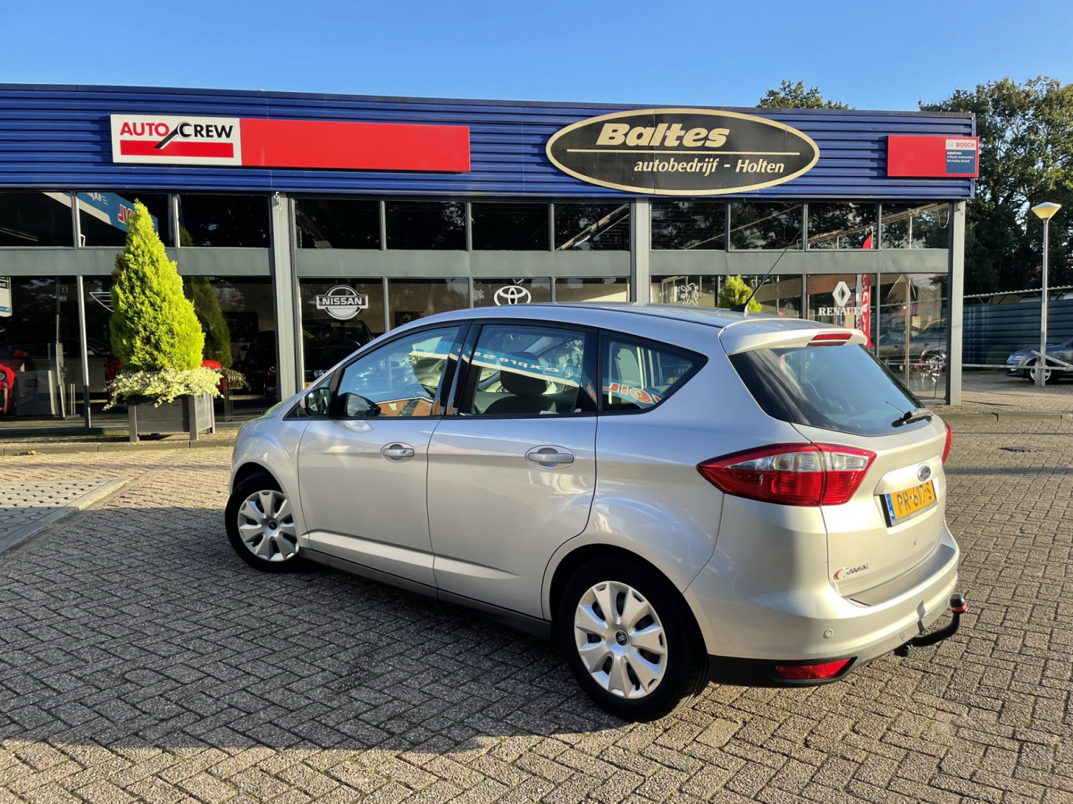 Ford-C-MAX-2