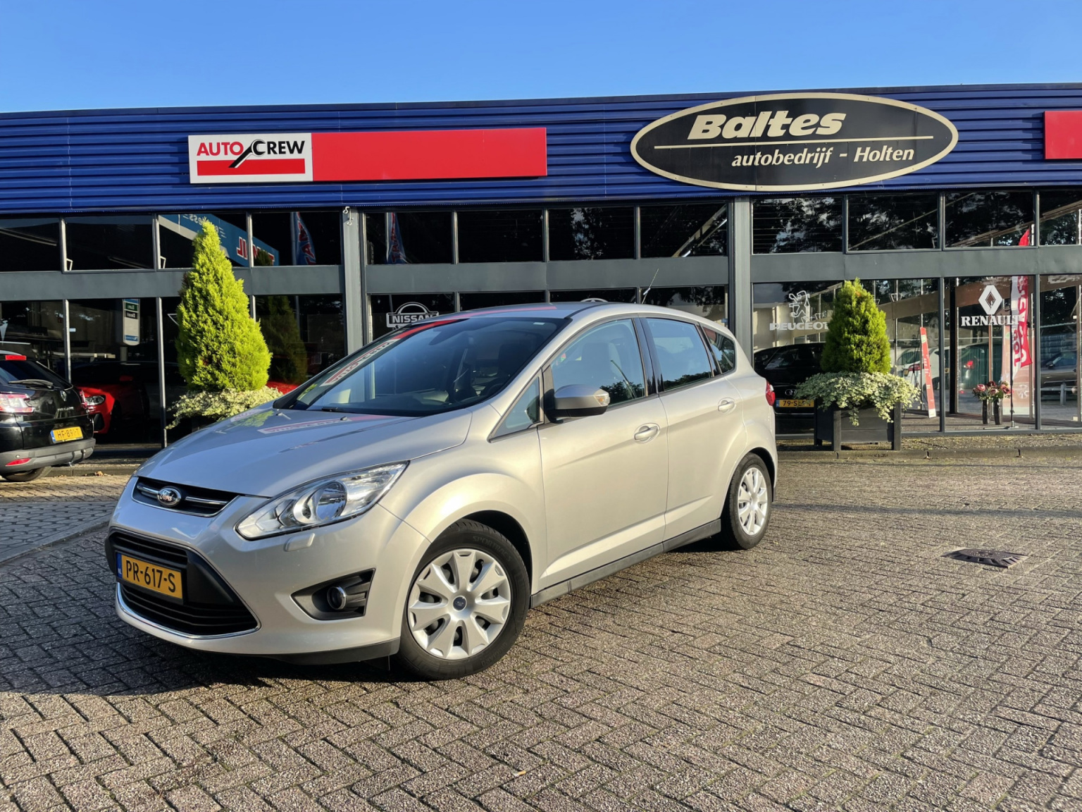 Ford-C-MAX-29